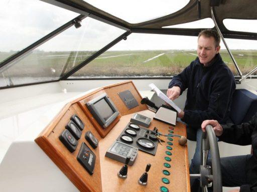 Manoeuveren motorboot